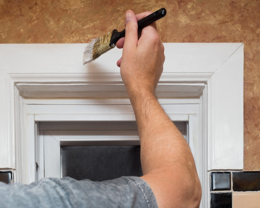 Painting DIY indoors property